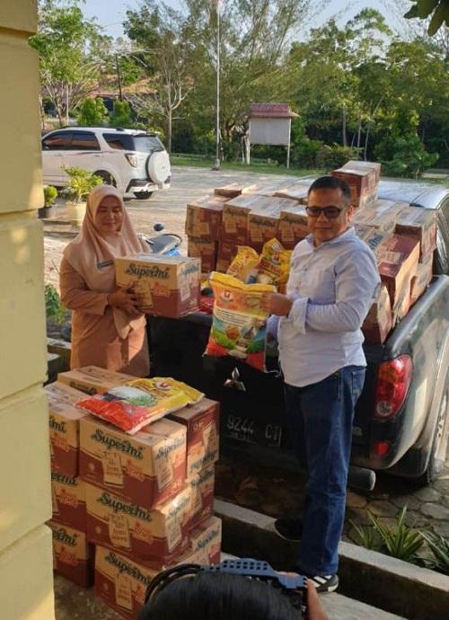 PT Musim Mas  Bantu Sembako Untuk Korban Banjir di Pelalawan