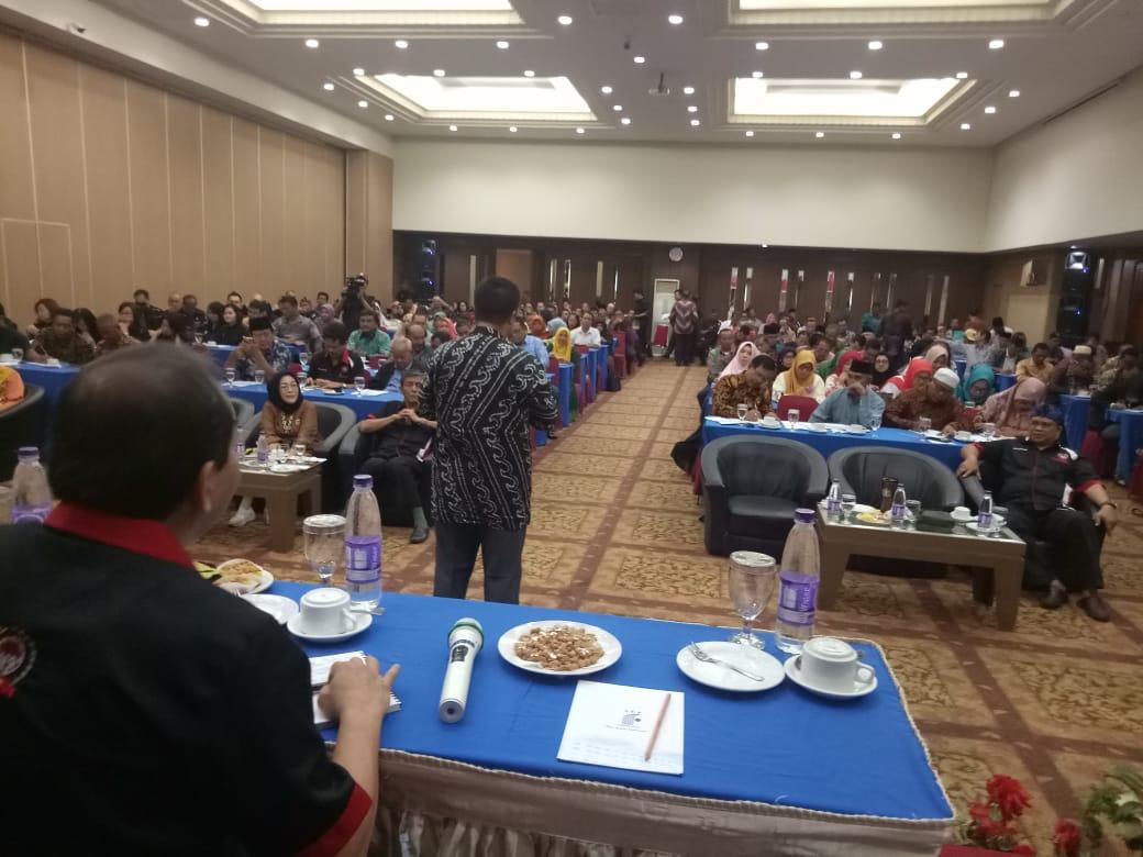 Hadirkan Pembicara Kemendagri dan Kapolda, Seminar Penguatan Organisasi FPK Dibanjiri Peserta