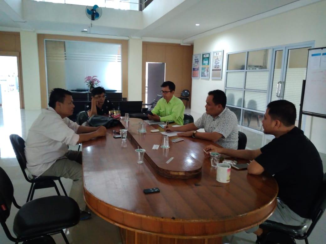 Bertabur Doorprise di Donor Darah PWI Riau