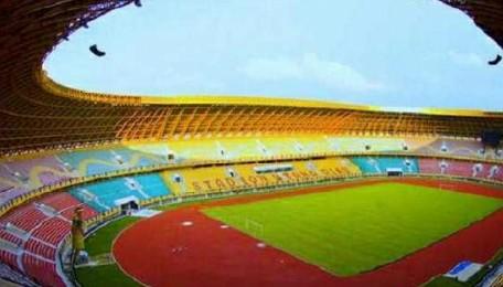 Rumput Stadion Utama  Riau Segera Diganti