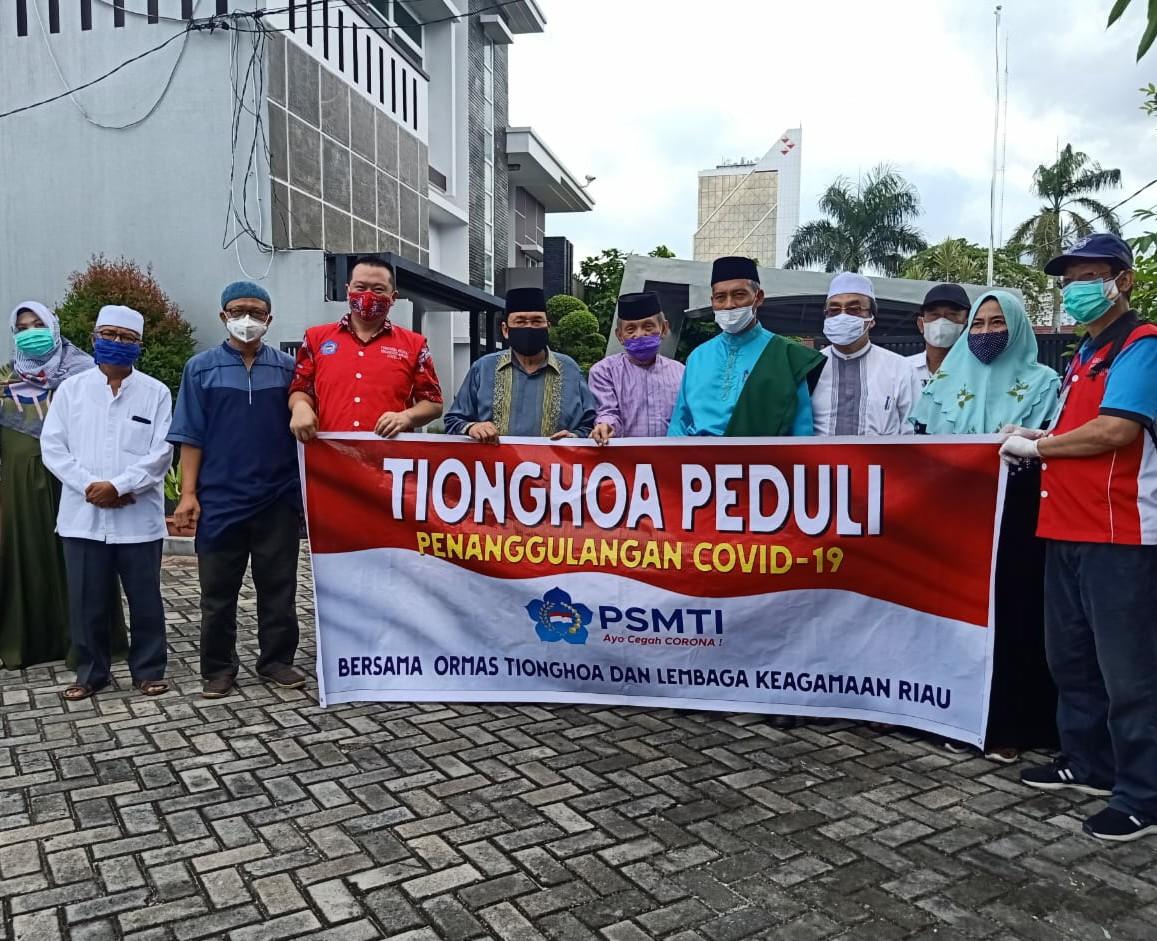 Tionghoa Peduli Serahkan Bantuan ke PMMI Riau