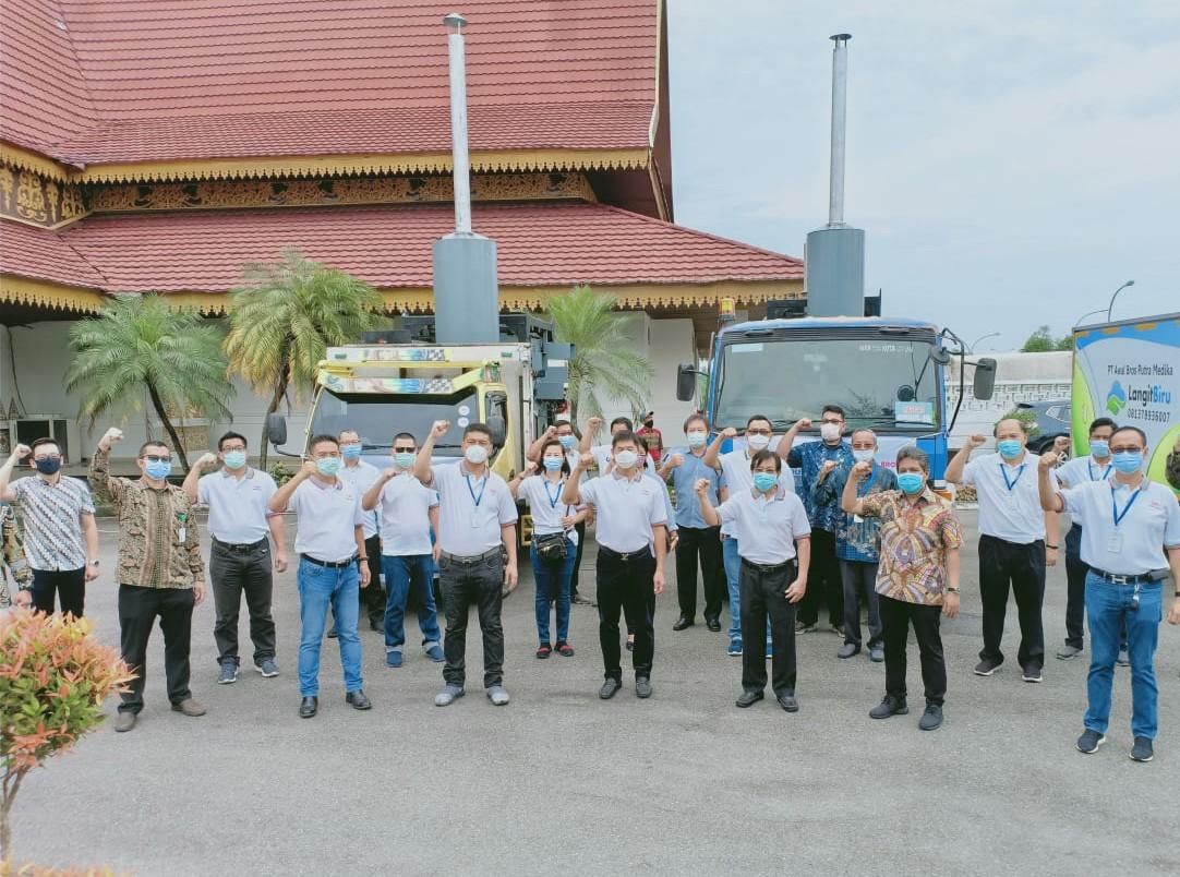 Relawan Peduli Covid-19 Riau Berikan Bantuan 2 Unit Incinerator Kepada Pemprov Riau