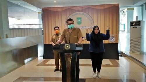 Tim_Gugus_Riau,_Dr_Yovi.jpg