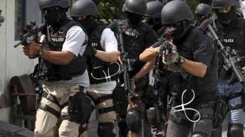 Densus 88 Tangkap Terduga Teroris di Kuansing