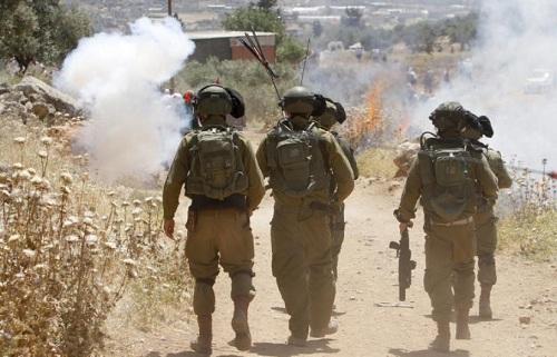 Israel Tangkap Ratusan Warga Palestina, Banyak yang Berusia 13 Tahun