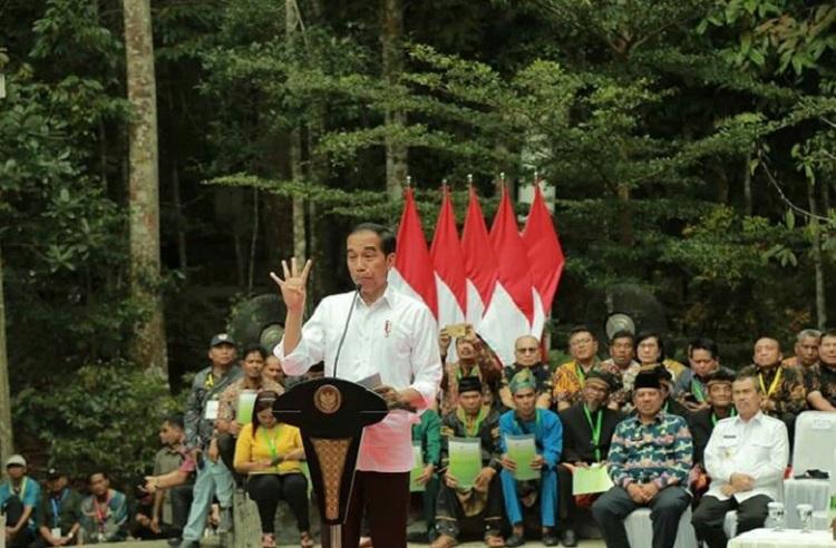 Presiden Minta Gubri Selesaikan Sengketa Lahan di Desa Gondai